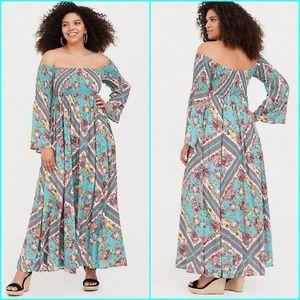 New! 2x Torrid Smocked Maxi Dress